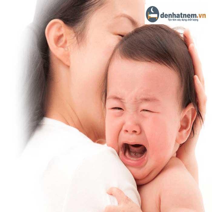 Cách chữa trẻ khó ngủ về đêm hiệu quả cho mẹ