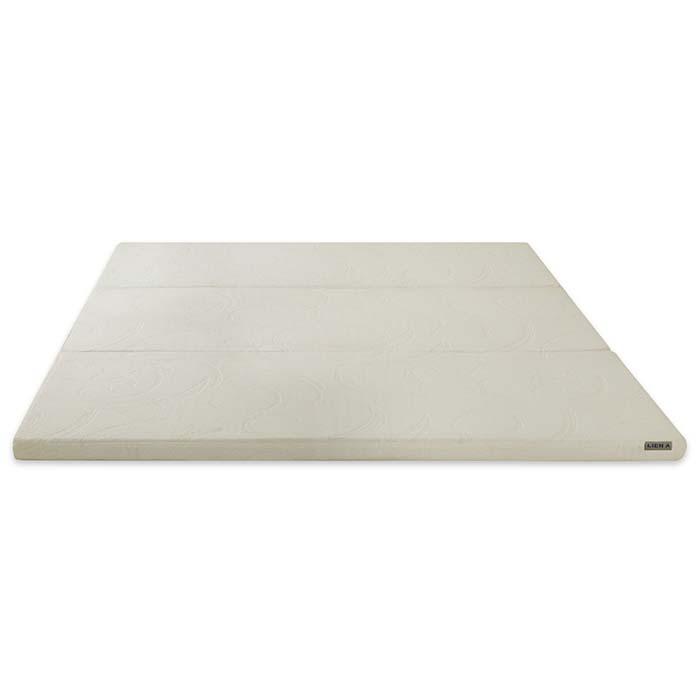 Nệm trải ra có bề mặt phẳng giúp nâng đỡ cơ thể tối ưu