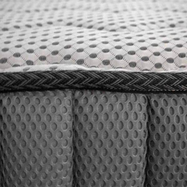Nệm sử dụng lớp vải 4D giúp tăng độ thoáng khí tối ưu